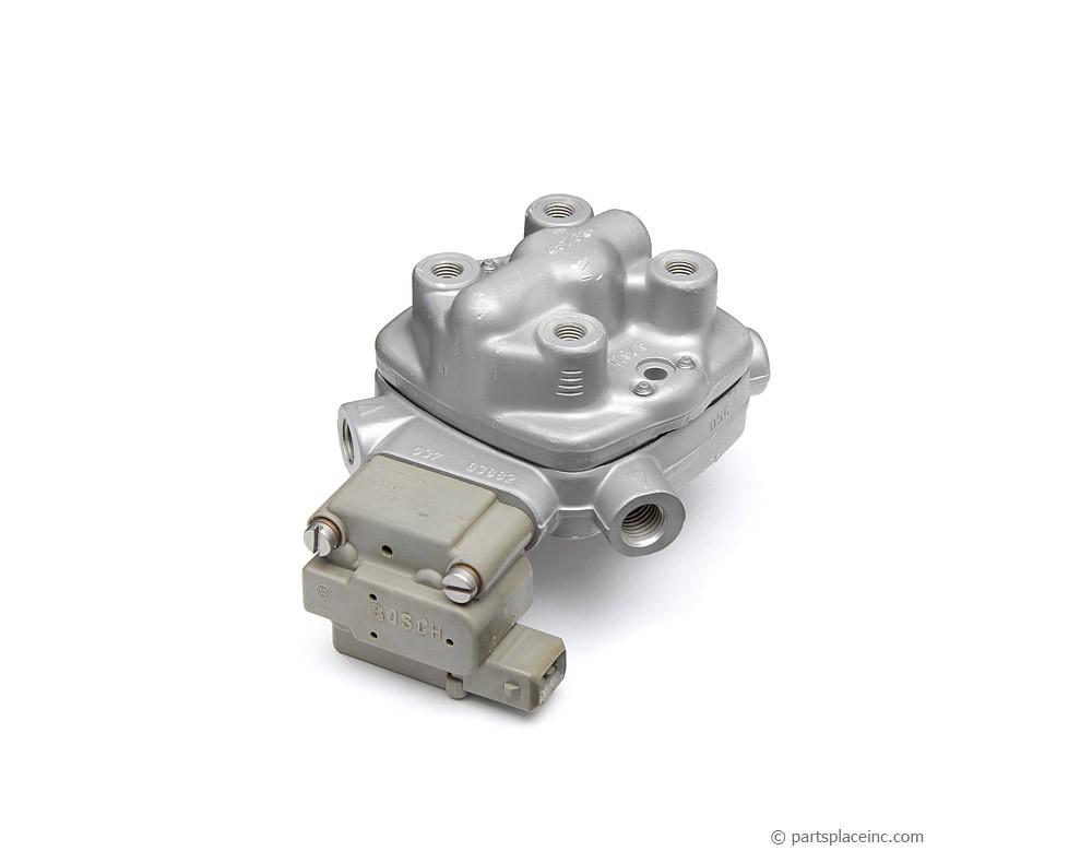 Bosch 438101005 Fuel Distributor